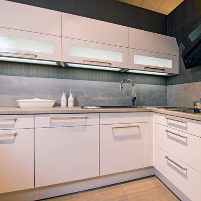 Ob modern zeitlos oder romantisch die front ist das gesicht einer küche und entscheidet über den ersten eindruck den ihre küche vermittelt